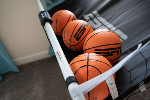 Shoot some hoops at the basketball arcade game