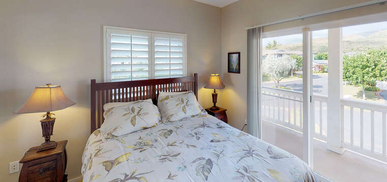 Second Bedroom with Access to the oahu rental 's Private Lanai