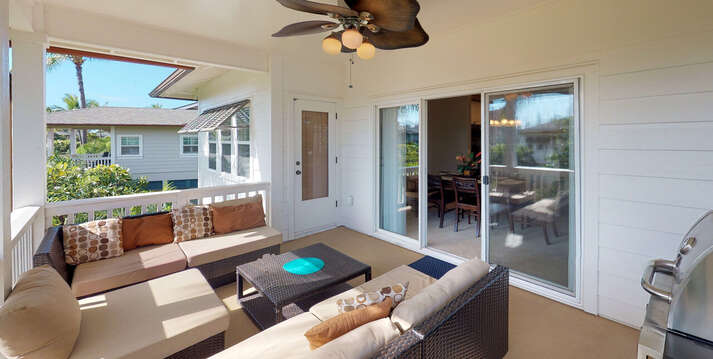 Large Lanai at this oahu rental with Ample Seating