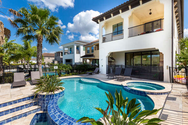 Soak up the Florida sunshine on one of the sun loungers
