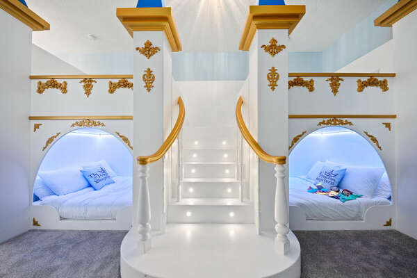 Amazing Princess room with Four Full Beds
