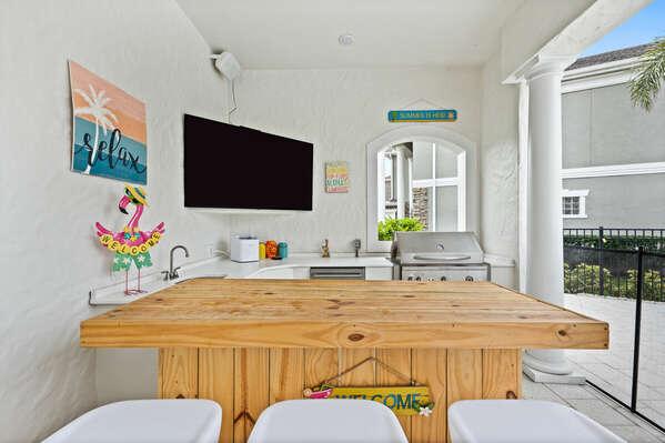 Summer kitchen with 70