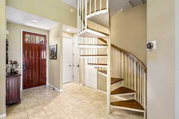 Entry and stairs leading to Bedroom/Loft area