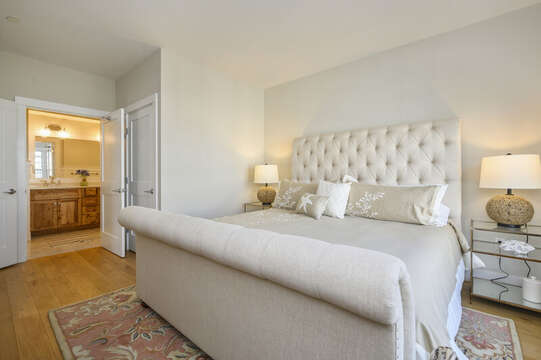 King Bed with en-suite bath-Unit 201,  557 Route 28 Harwich Port, Cape Cod, New England Vacation Rentals
