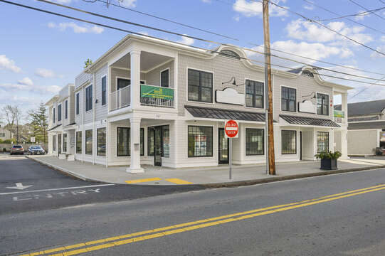 This unit is located at the front right side of the building as you face Main Street - perfect for people watching in the Port from your balcony! Unit 201, 557 Route 28 Harwich Port, Cape Cod, New England Vacation Rentals