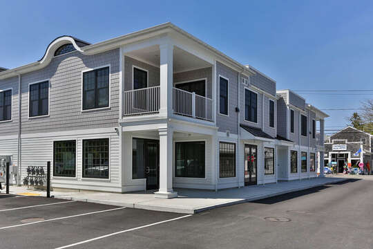 557 Route 28, Harwich Port, Cape Cod, New England Vacation Rentals
