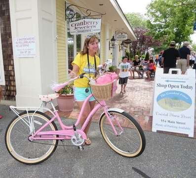Rent a bike and enjoy Downtown Harwich Port. Cape Cod, New England Vacation Rentals.
