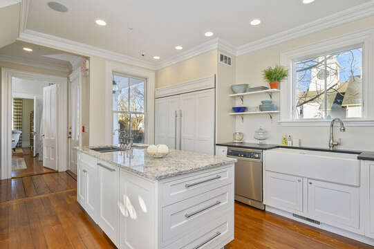 Large chefs kitchen 525 Route 28, Harwich Port, Cape Cod, New England Vacation Rentals