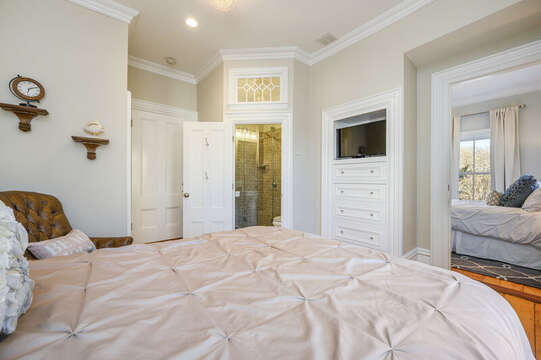 The Edgartown Bedroom with en suite bath and interior access to the adjoining