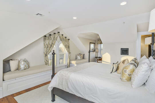 The Nantucket bedroom located on the 3rd floor,with a King sized bed , reading nook and window seats, and en suite bath 525 Route 28, Harwich Port, Cape Cod, New England Vacation Rentals