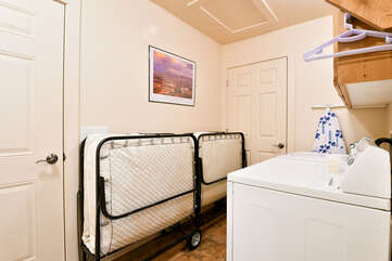 Washer and Dryer with roll away beds