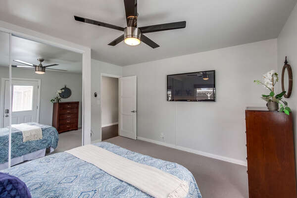 Master Bedroom Includes Flat Screen TV.