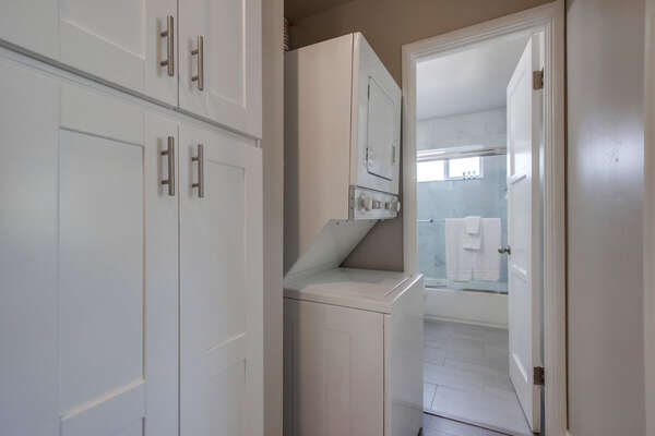 Washer and Dryer in Vacation Rental.