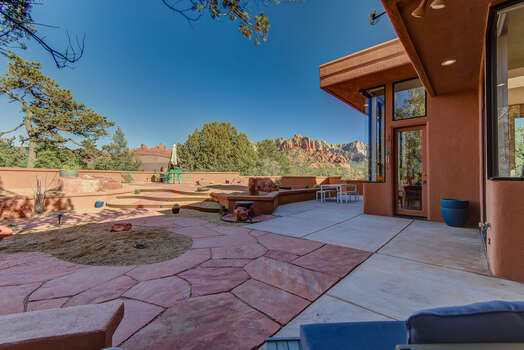 Huge Backyard and Patios with Red Rock Views