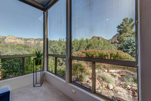 Expansive Windows to Bring in the Views of the Sedona Vistas