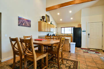 Dining area that opens to kitchen