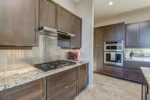 All New Stainless Appliances to Include a 5-Burner Gas Stovetop