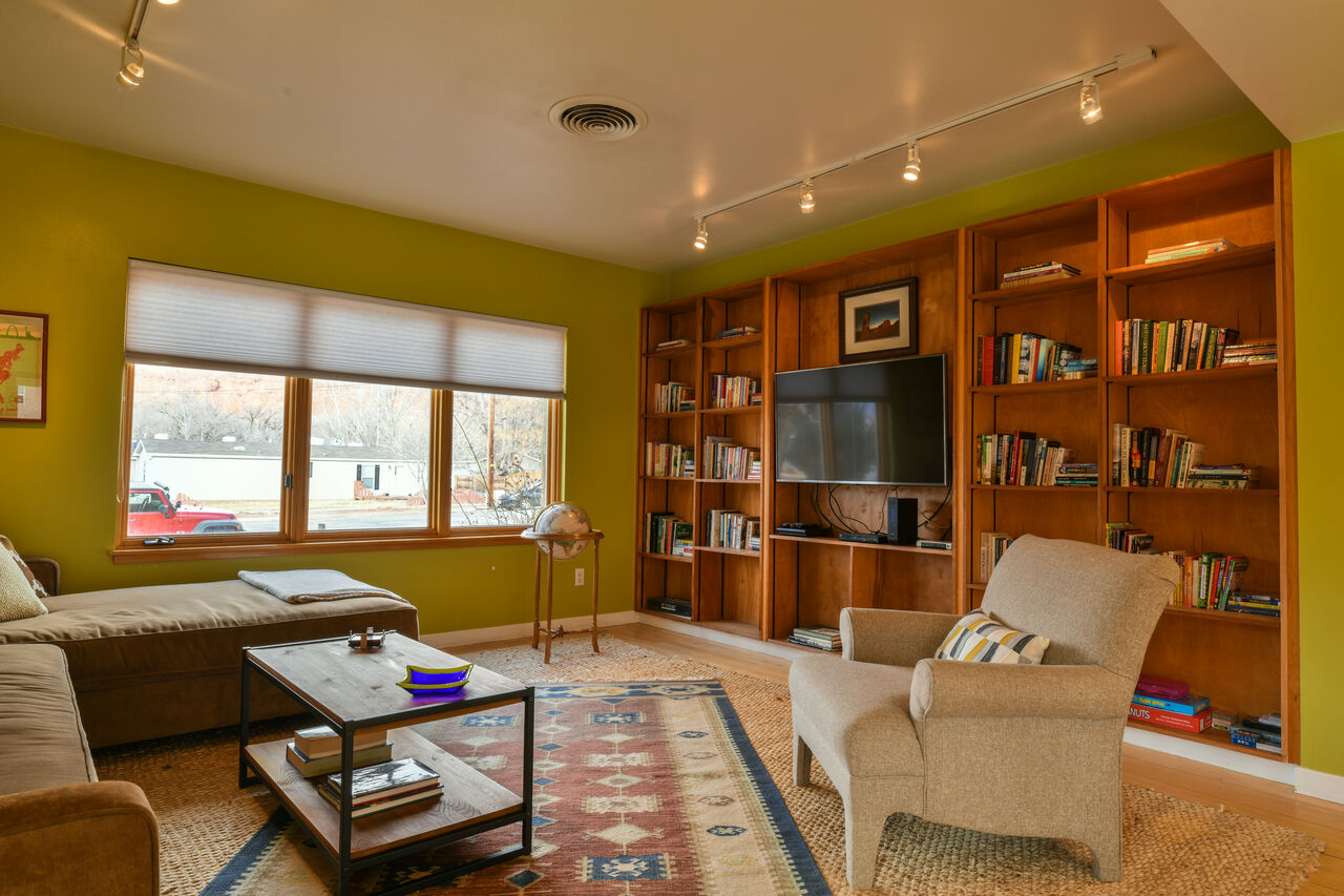 Hazel Living Room Lodging in Moab Utah