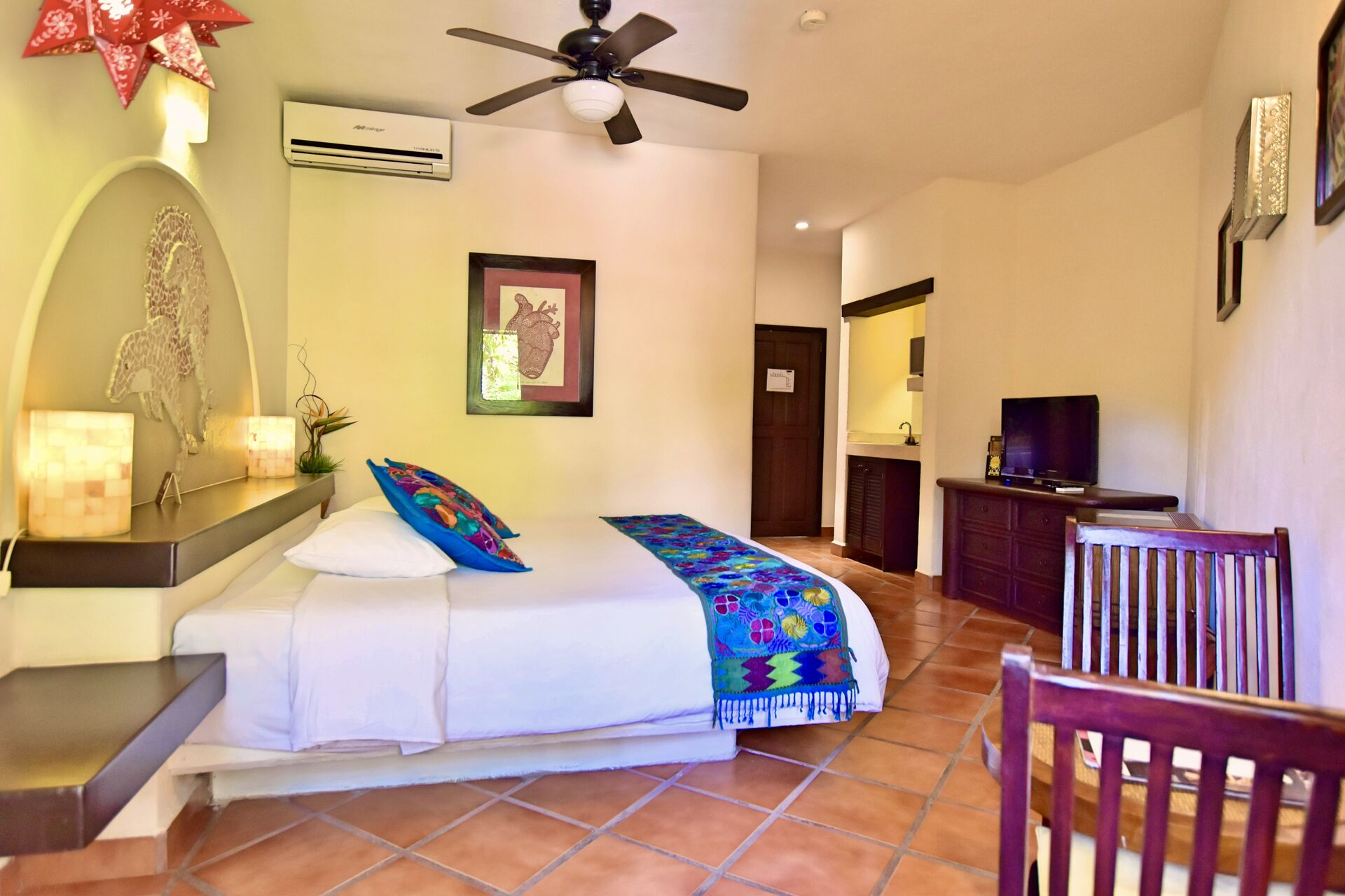 King Size Bed and comfortable room