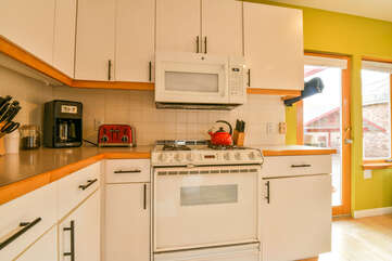 Kitchen Appliances Located in our Cottage Lodging in Moab Utah