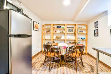Dining Area inside Violet Cottage Lodging in Moab Utah
