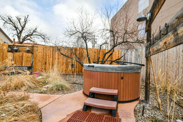 Private Hot Tub Outside this Rental Cottage Lodging in Moab Utah