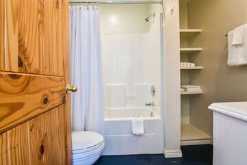 Cozy Bathroom Located in our Scarlet Cottage Rental