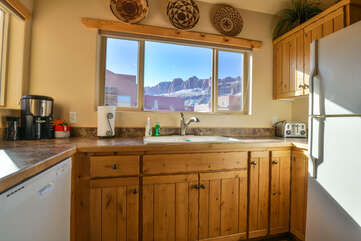 Kitchen with a Beautiful View of Rim Village and Surrounding Scenery