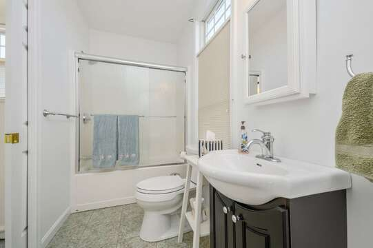 Full bath with tub / shower combo with entrance to both the bedroom and hallway.27 Fiddlers Green Lane-Dennis Port-New England Vacation Rentals