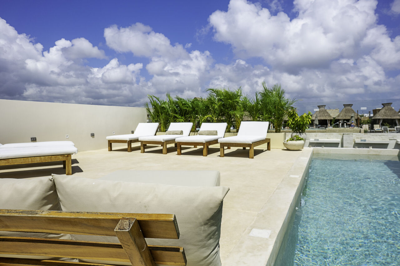 Apartment Calalily     Luxury 3BD Penthouse W  Private Rooftop Pool photo 28095342