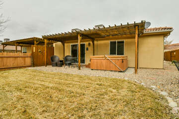 Backyard with Private Hot Tub and Pergola Lodging in Moab Utah Area
