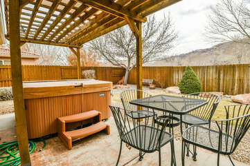 Backyard with Hot Tub and Seating Lodging in Moab Utah Area