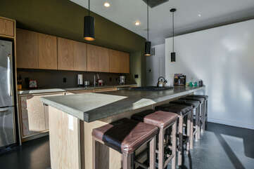 Kitchen with 6 bar stools