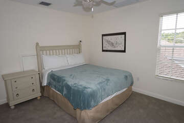 Upstairs Guest Bedroom with Queen Bed
