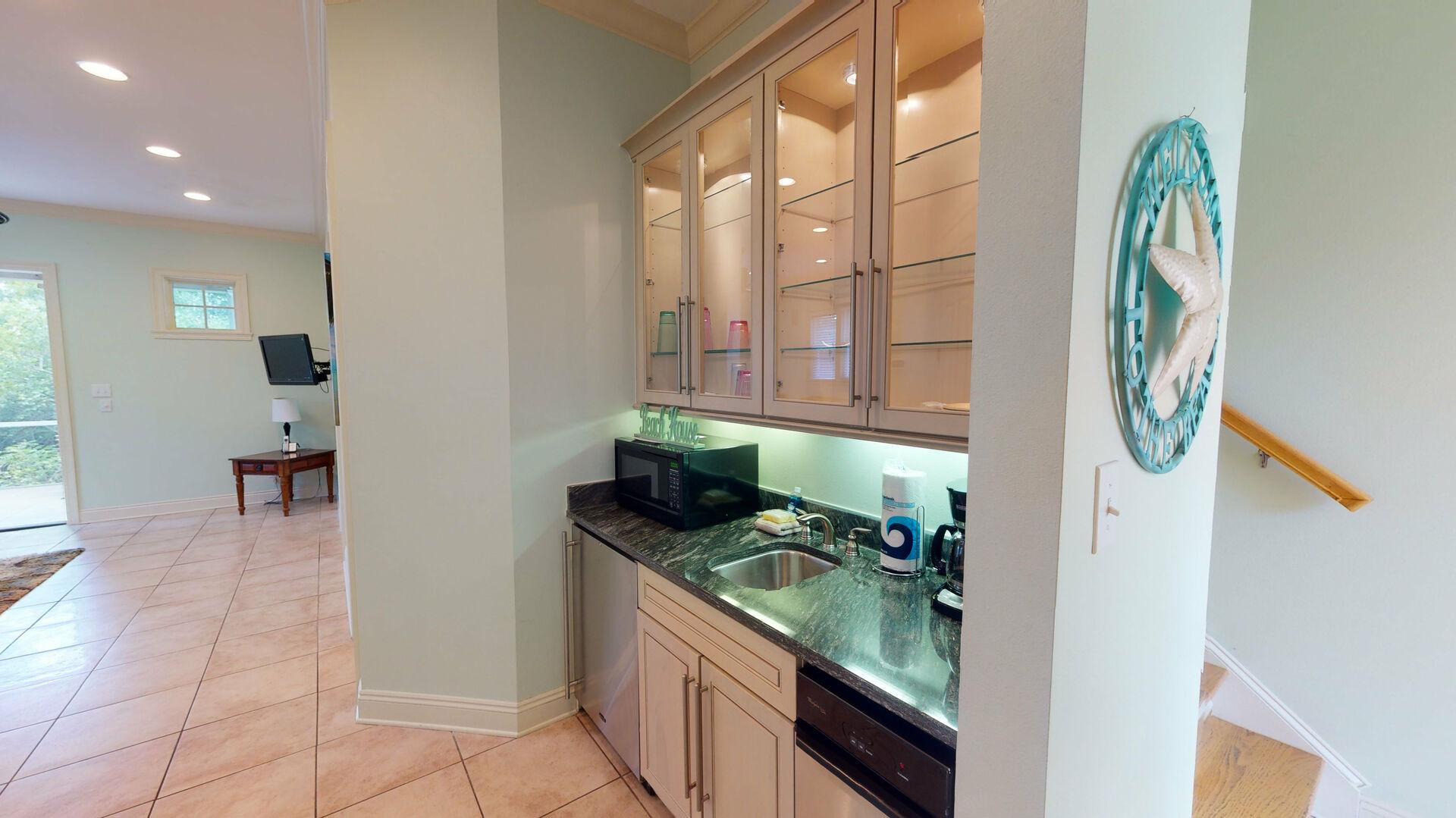 Kitchenette / wet bar on ground floor