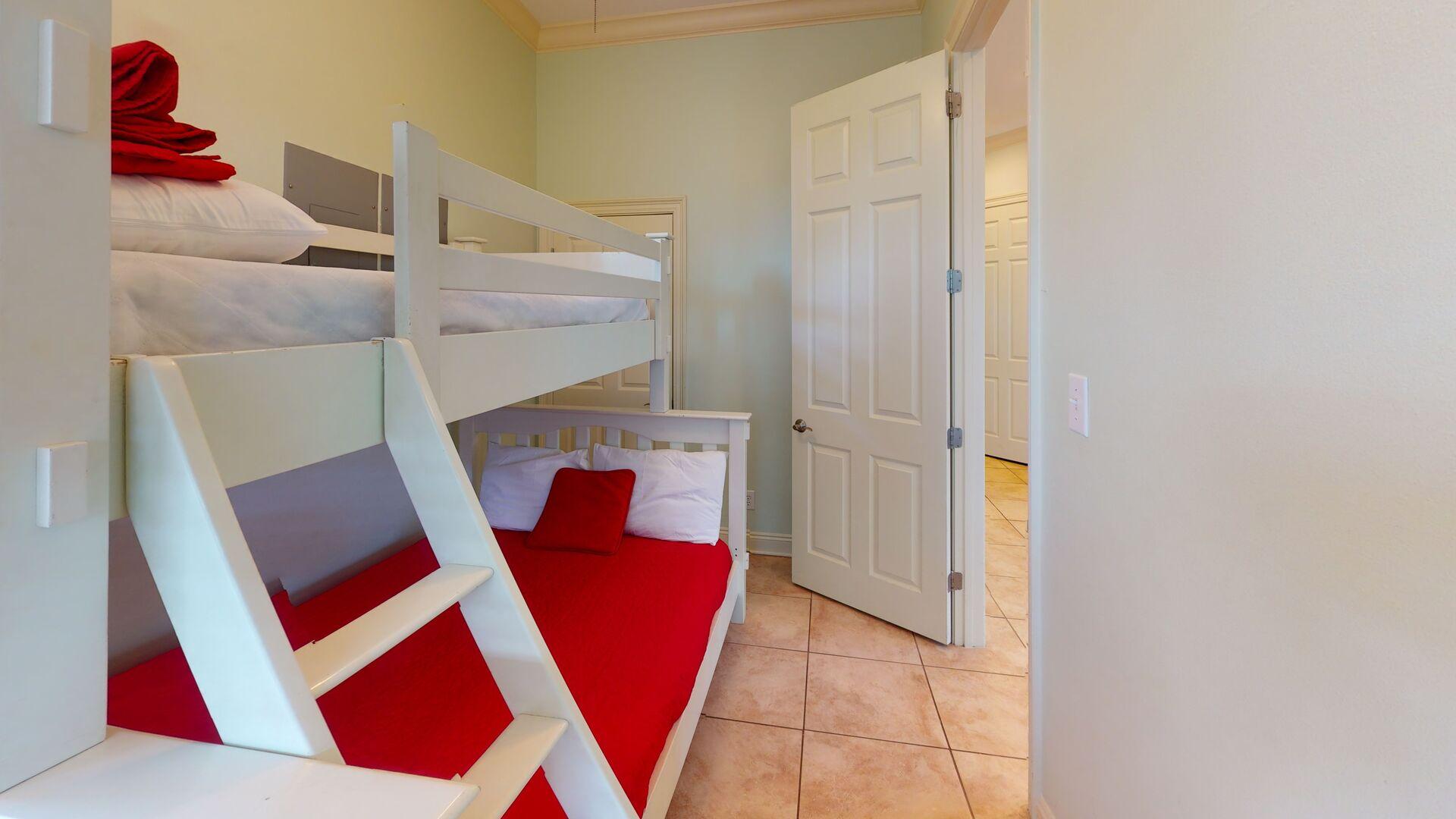 Ground floor bedroom 4 sleeps 3