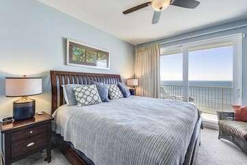 (King) Master Bedroom with door onto balcony