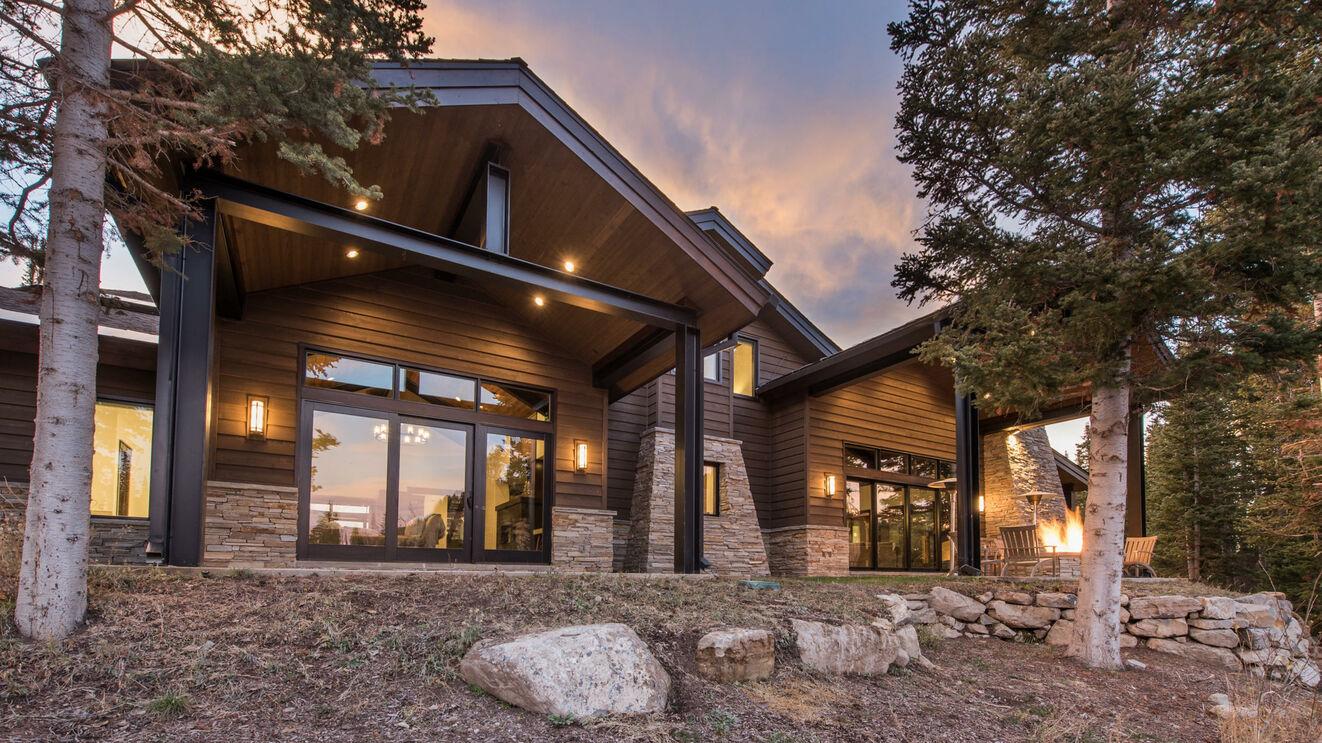 Colony Modern Mountain Estate