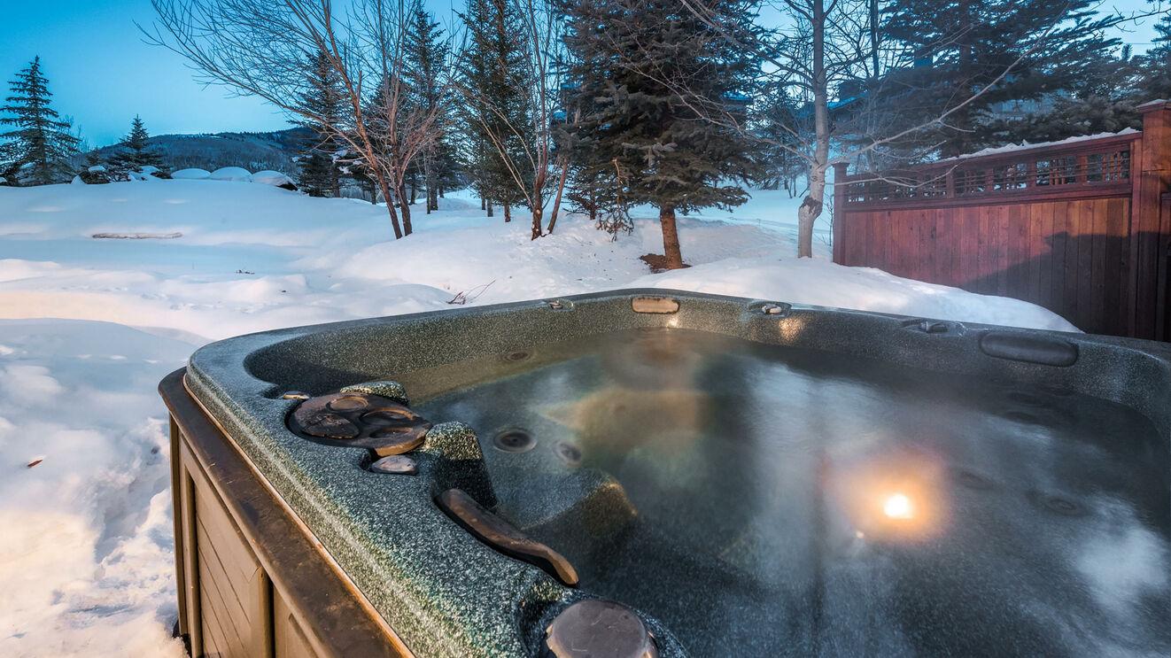Private Hot Tub Winter