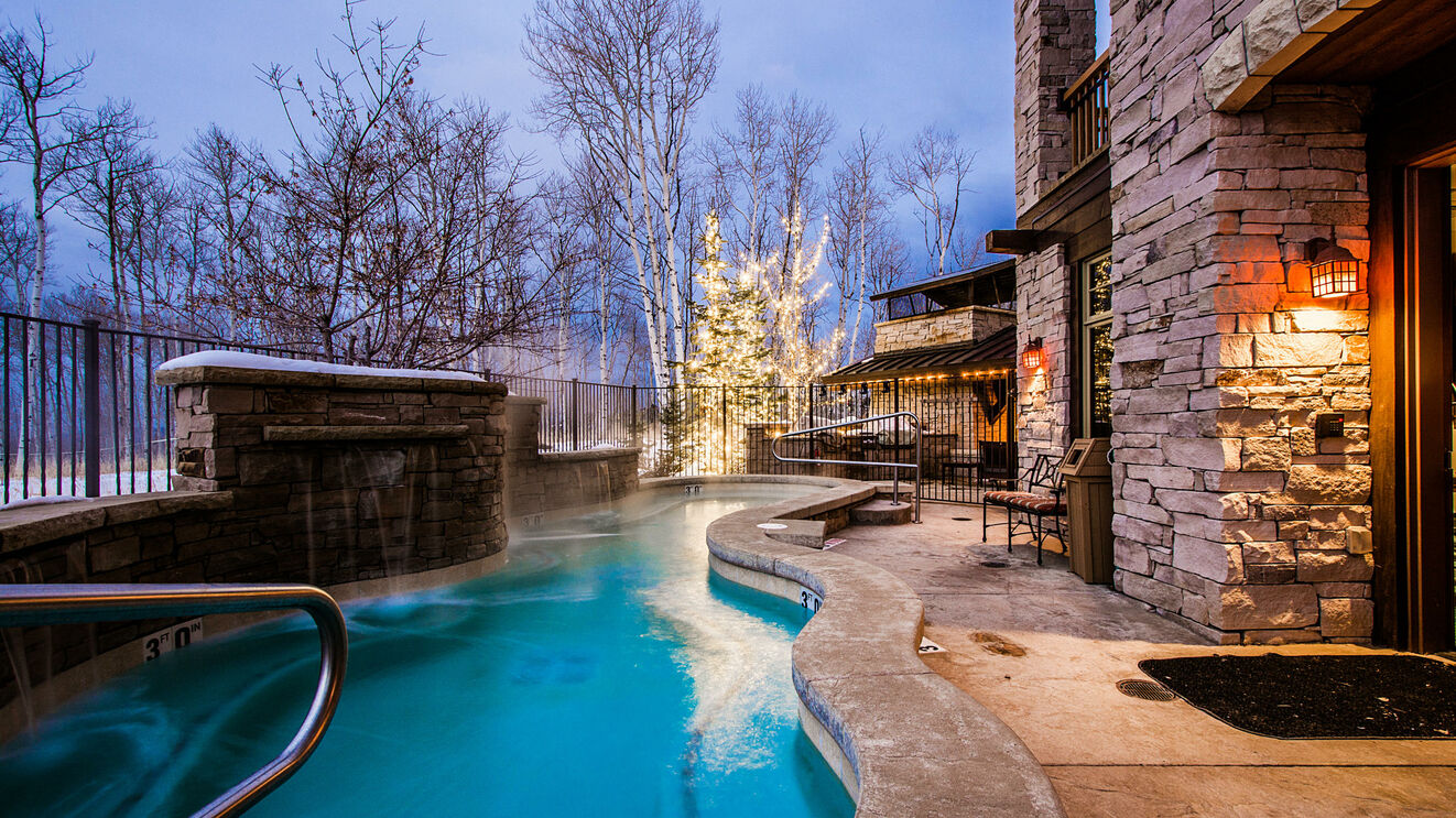 Community Slopeside Hot Tub