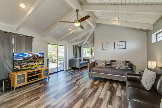 Bonus Room with Vaulted Ceilings, Two Twin Days Beds for Additional Sleeping Accommodations, a 55