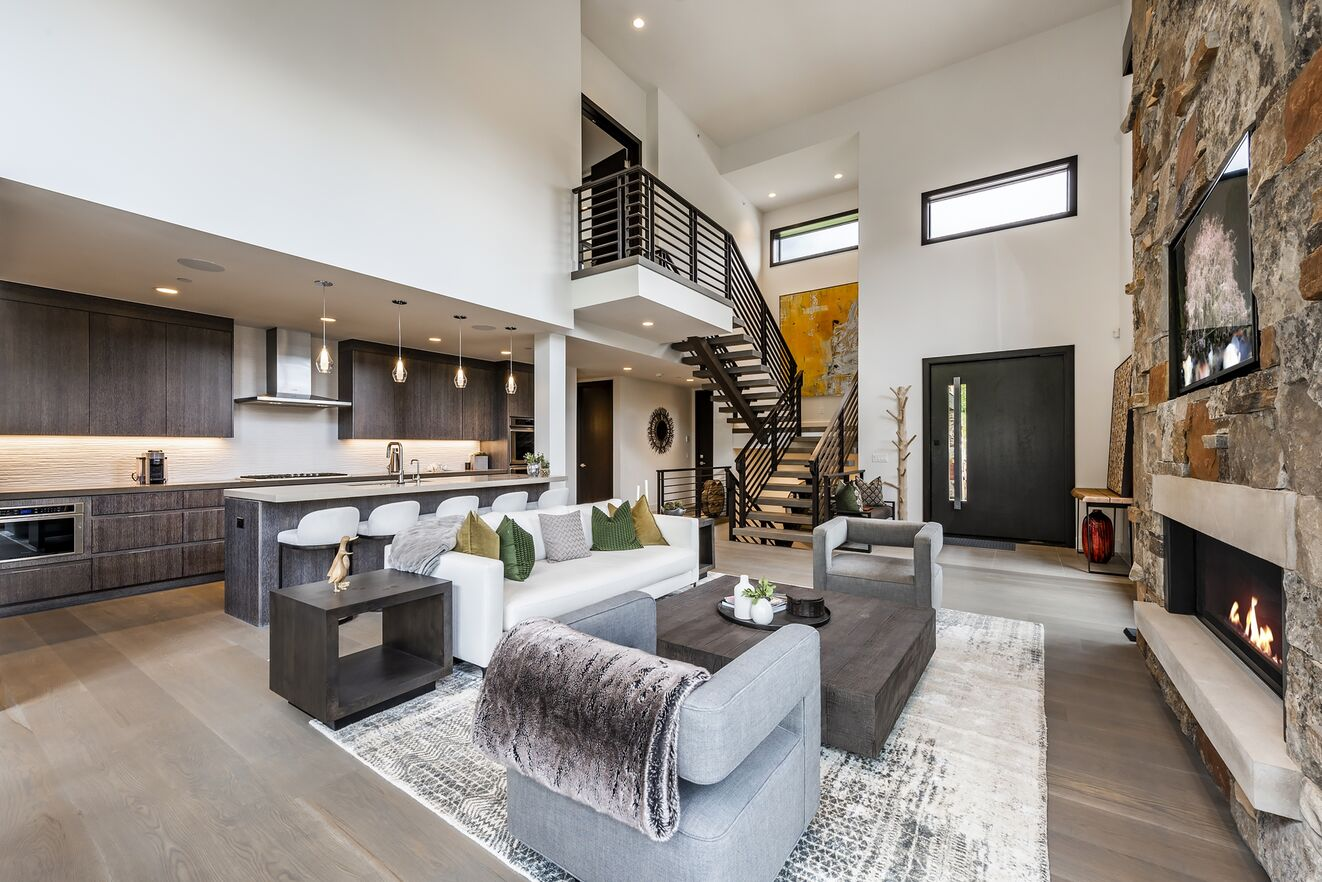 Living Area & Great Room