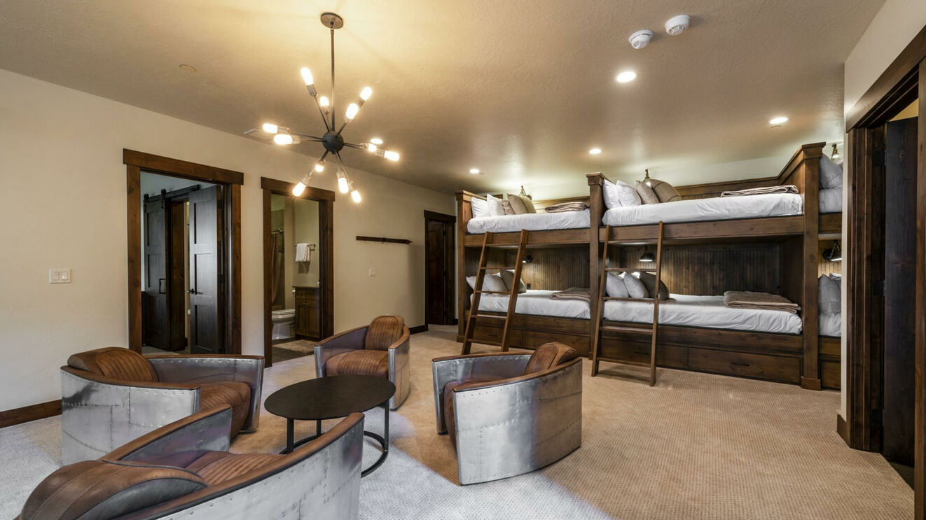 Family Room & Bunk Area
