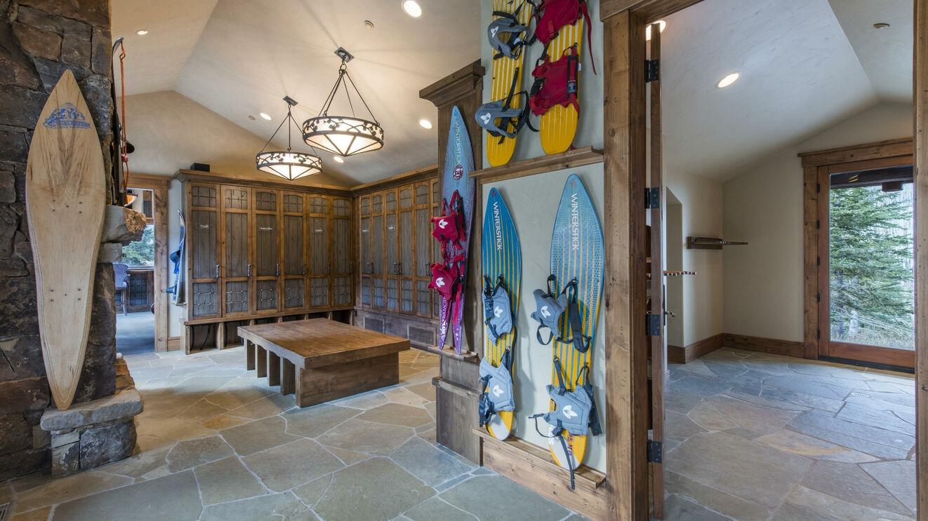 Ski Prep Room