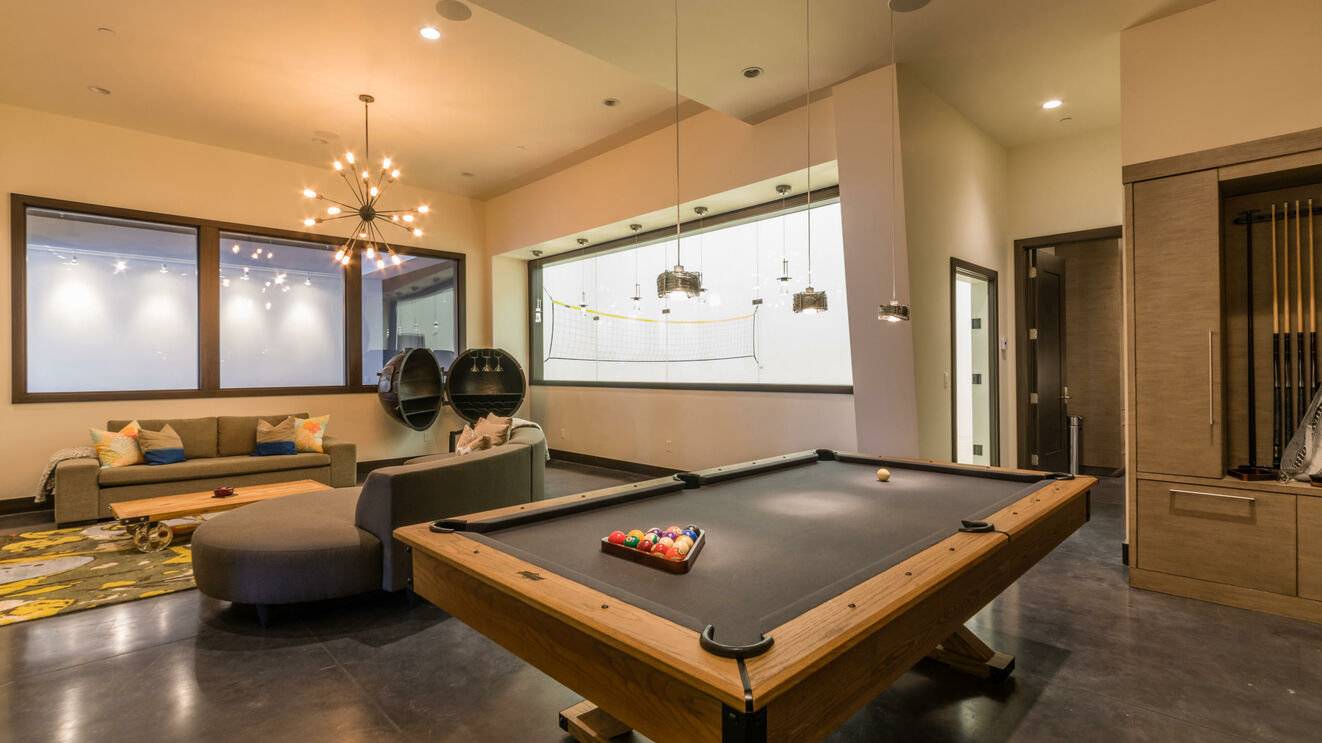 Billiard Table & Lower Level Lounge