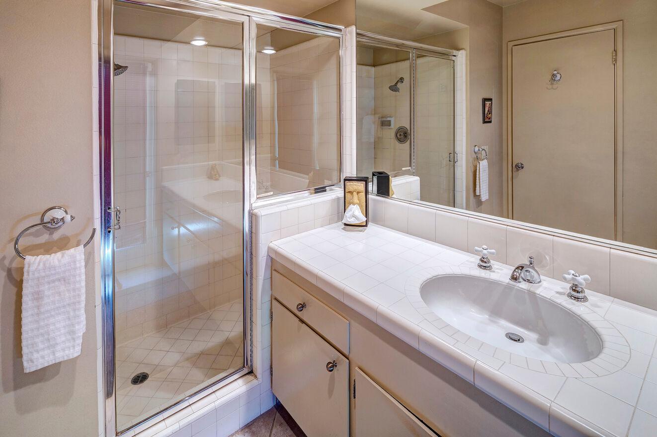 Spa House Bath