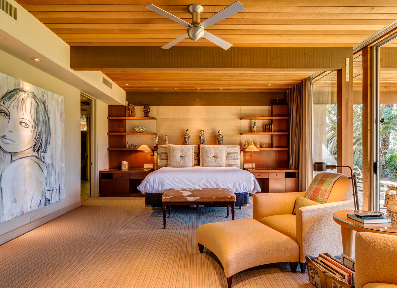 Master Suite - East Wing