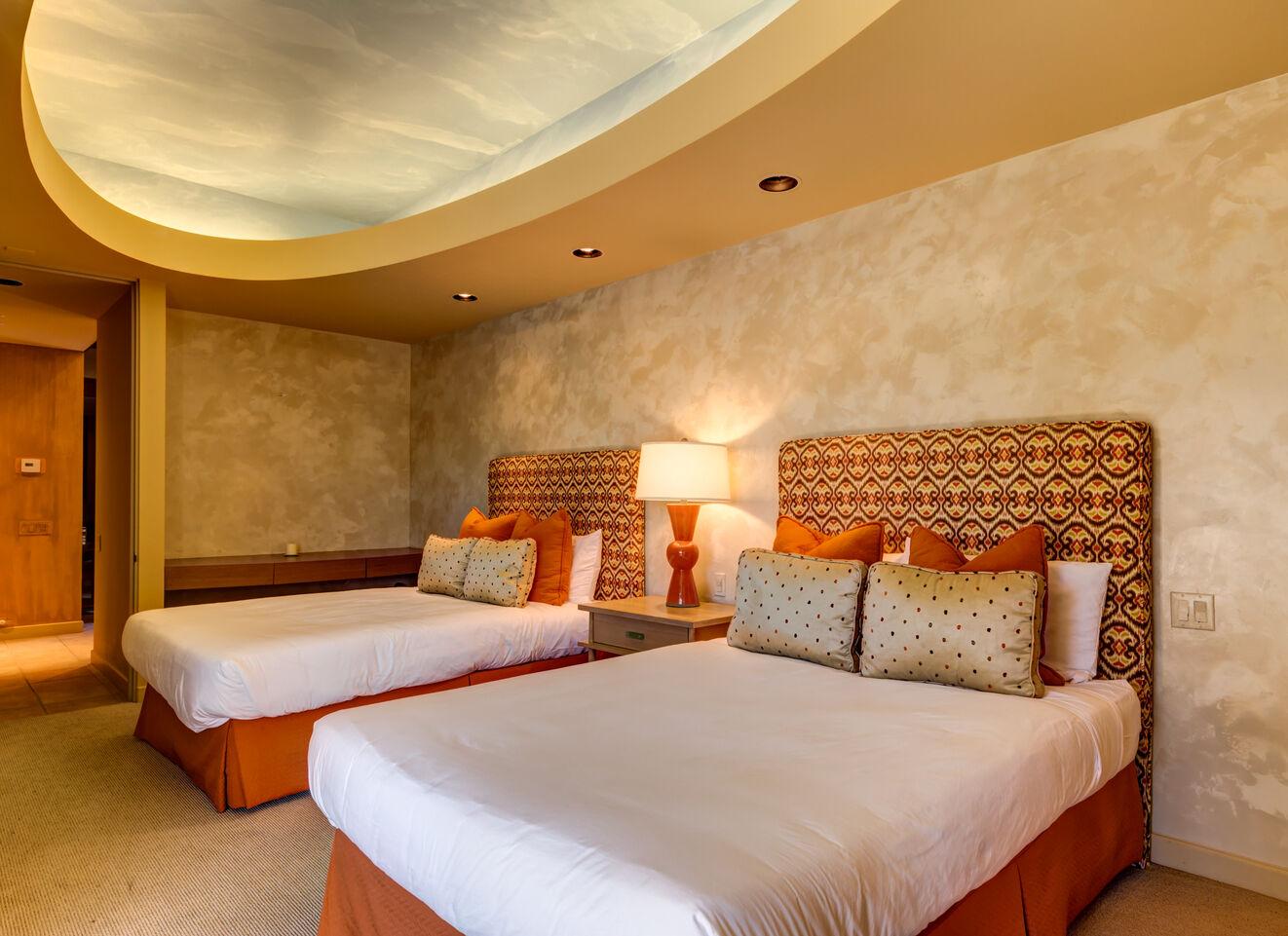 Bedroom 5, Guest Suite - West Wing
