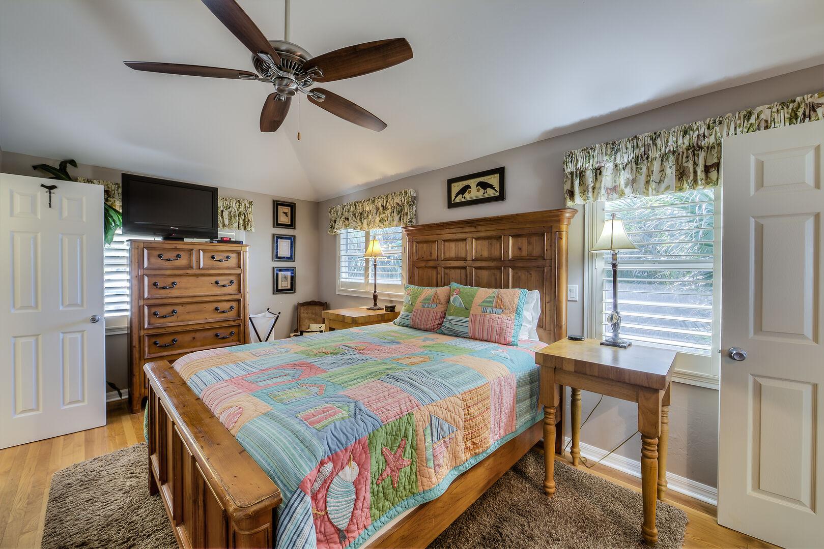 Cozy Bedroom in the Crow's Nest