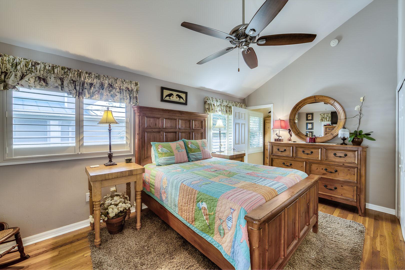Crow's Nest Bedroom Fort Myers Beach Rental
